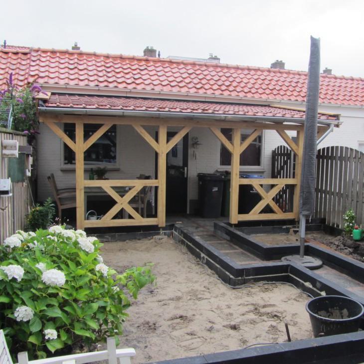 Eikenhouten veranda