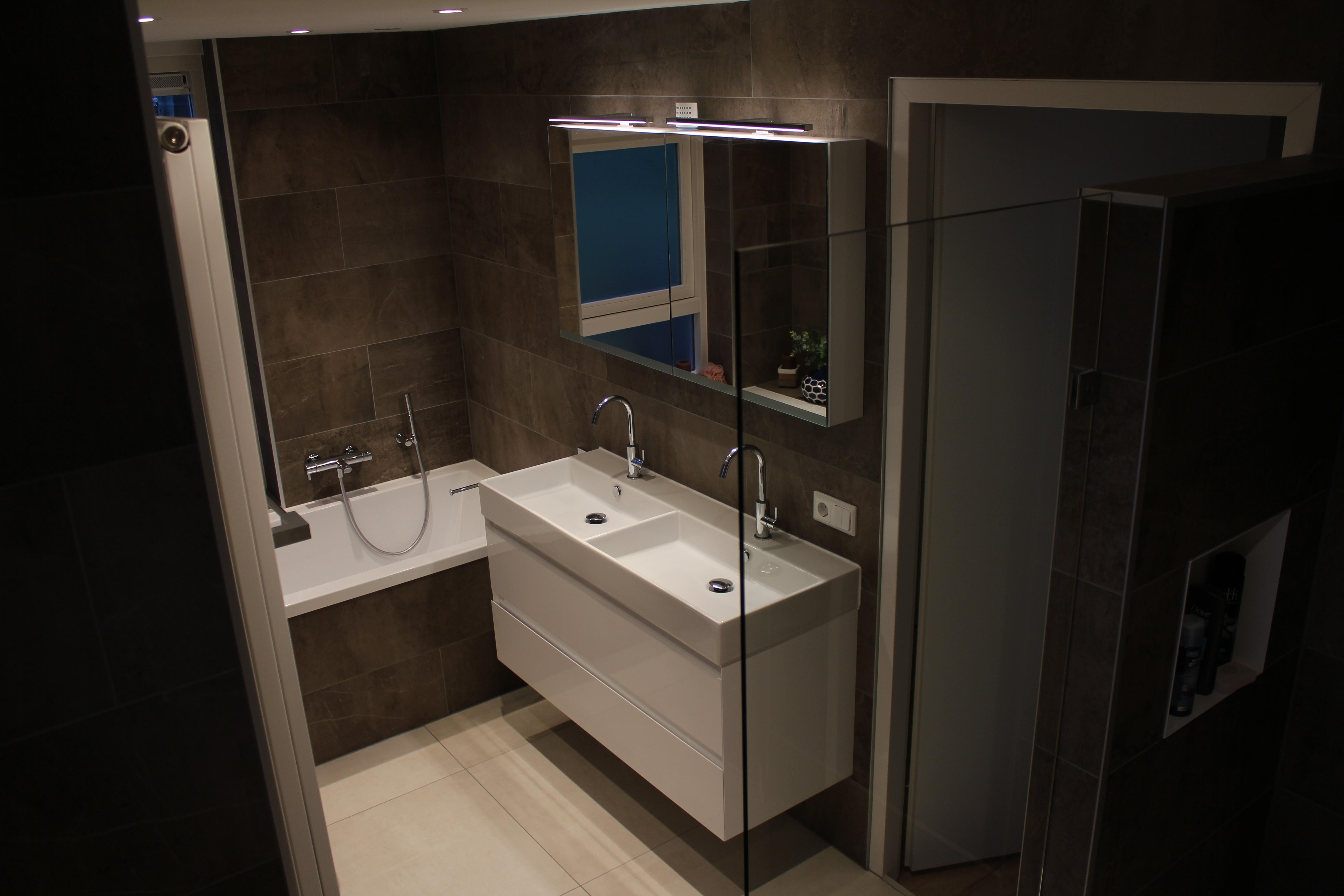 Wc En Badkamers : Partijen mozaïek speciaal geschikt voor wc keuken en badkamer