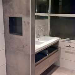 Badkamer natuursteen- look
