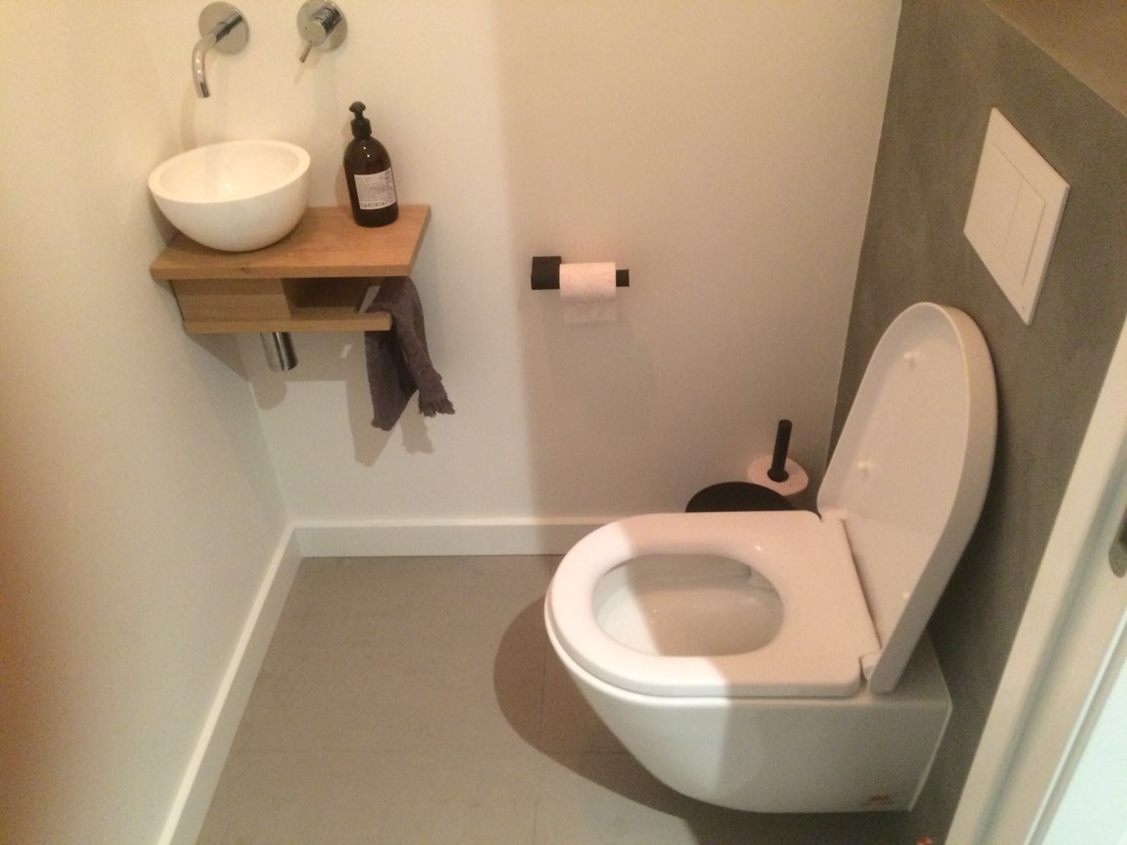 Beton cire wc concrete walls by beton cire in a modern and